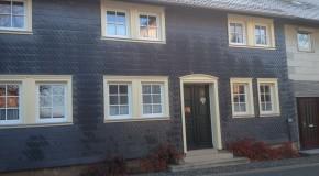 Fassadenverkleidung mit Schiefer